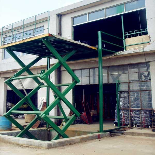 bàn nâng điện 1 tấn cao 5m