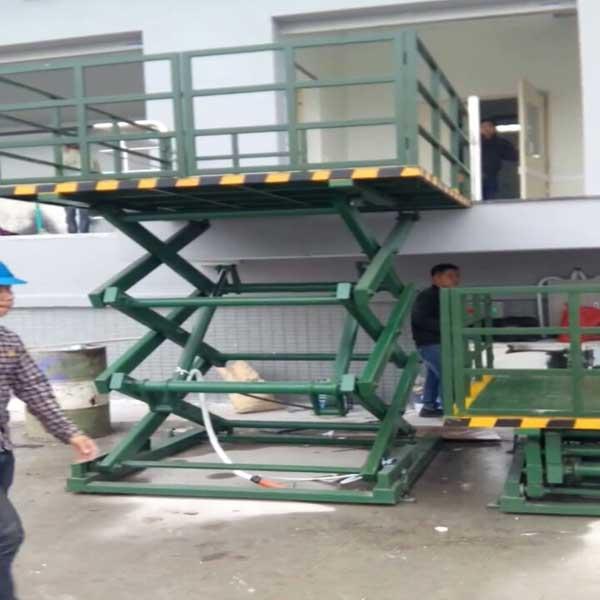 cung cấp bàn nâng điện 1 tấn cao 5m