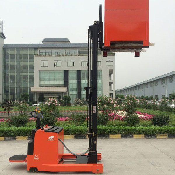 xe nâng điện đứng lái 1.5 tấn 3m NRS